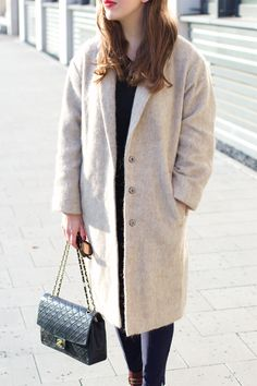 Stone Grey Camel | Fiona from The Dashing Rider wears Asos Camel Coat, Asos Navy Blue Pants, Chloé Susanna Suede Stud Boots, Chanel Vintage Bag. More on: www.thedashingrider.com