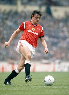 c5f4f900334 18th May 1985 FA Cup Final at Wembley Everton 0 v Manchester United 1 aet  Kevin