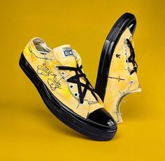 post malone converse Post Malone Lyrics, Post Malone Quotes, Custom Vans Shoes, Custom Painted Shoes, Dad Outfit, Crocs, Love Post, Painted Clothes, Sock Shoes