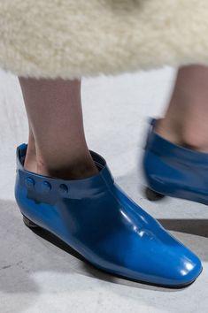 Marni at Milan Fashion Week Fall 2017 - Details Runway Photos