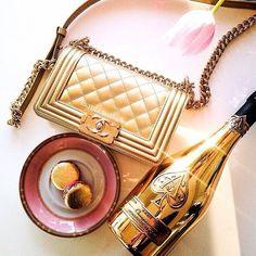 Luxury.Chanel