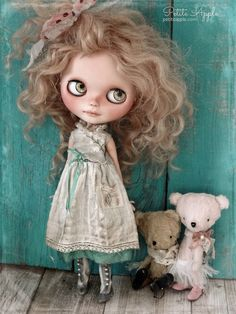 Blythe doll outfit *Whispers* embroidered vintage dress