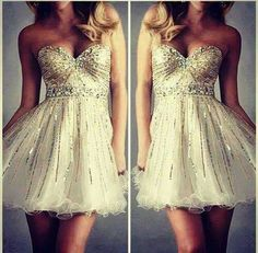 Chi mi trova questo vestito? who find me this dress ?