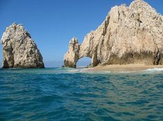 Type: Geologic Formations, Landmarks/ Points of Interest  Activities: Watching sunrise/sunset, Scuba diving  Description: Tourists flock to this natural rock formation, a whale-watching site and snorkeling spot.