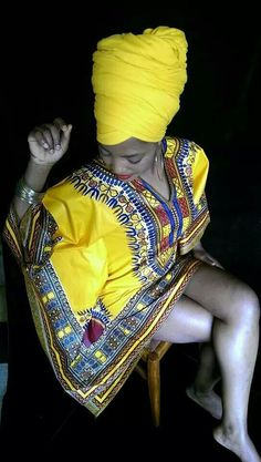 Dashiki and headwrap African Attire, African Wear, African Women, African Dress, African Style, African Inspired Fashion, African Print Fashion, African Prints, Ethno Style