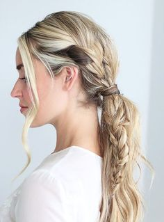 Humidity hairstyles: braid in ponytail