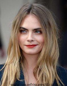 16.Die Schauspielerinnen mit den Langen Haaren Stil