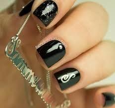 Resultado de imagen para uñas negro rockeras