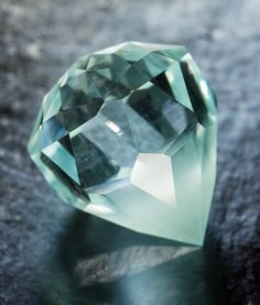 For the Faint of Heart • Afghanistan Aquamarine 21.20 carats  • Fine Art Gemstones by Jeffrey Hunt