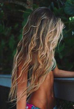 make-up beach waves printed bikini blonde hair wavy hair beach hair long hair make-up beach waves printed bikini blonde hair wavy hair beach hair long hair – Farbige Haare Hair Day, New Hair, Your Hair, Surfer Girls, Curly Hair Styles, Natural Hair Styles, Natural Beauty, Gorgeous Hair, Beautiful Long Hair