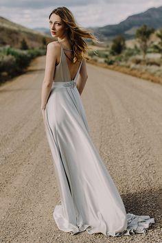 Silver wedding dress. Elizabeth Dye 2016 wedding dress collection @weddingchicks