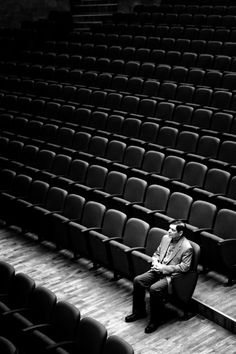 The Trololo Man - Sergey Chernega - what an amazing portrait! Black White Photos, Black N White, Black And White Photography, Street Photography, Portrait Photography, Jolie Photo, Loneliness, Great Photos, Photo Art