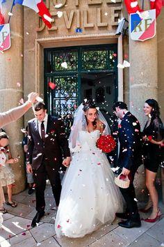 Joli mariage rouge et blanc avec un photobooth et une choré du tonnerre ! | Mademoiselle Dentelle