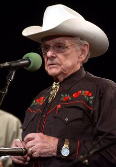 News about Ralph Stanley on Twitter