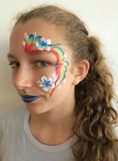 Rainbow flower eye design..... love this without the blue lips!