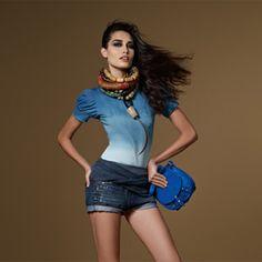 Malwee - Um Abraço Brasileiro | Uma moda com o melhor do abraço brasileiro. Inspirada nas tendências mundiais, a Malwee inova e tempera a sua moda com o melhor do Brasil.