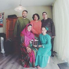 Selamat Hari Raya dari Keluarga Arwah Ahmad Husaini Ajmain di Limburg Netherlands. Maaf lahir dan batin.  #raya2015 #rayabelanda #dilandabelanda