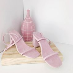 If you're looking for coloured vegan suede then this brand is the answer to your prayers - from gorgeous burgundies and bottle greens to gentle summer pastels like these beautiful Peony sandals.  Vegan shoes and  by @_rafa_usa  On another note - it's the UK general election today if you live in the UK please use your vote and use it wisely. #forthemanynotthefew