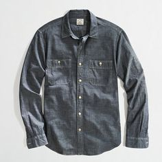 Medium Blue Chamray L/S.  Would look very nice with some chinos or possibly black denim methinks.  BOUGHT FOR XMAS THANKS BABE