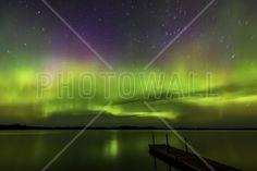 Aurora Borealis over Burntside Lake - Wall Mural & Photo Wallpaper - Photowall