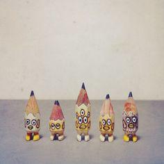 ✏️✏️✏️✏️✏️ #art #acrylic #artwork #tiny #figure #doll #tinydoll #wood #woodcarving #pencil #pencilman #etsy #creative #craftsposure #stationery #handmade #miniature #white