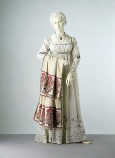 1805-1810, possibly France - Dress - Muslin, embroidered with cotton and silver thread, lined with linen, hand-sewn