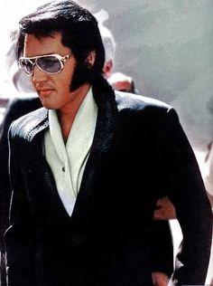 The King of Rock & Roll - Elvis