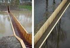 Na Holanda, passarela cruza canal por dentro da água!