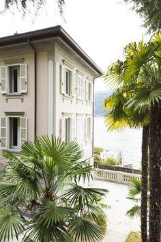 Fantastic villa liberty pieds dans l'eau on Lake Como Via Regina Vecchia Carate Urio, Como, Italy – Luxury Home For Sale