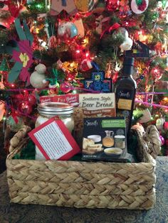 Christmas gifting becomes a tough proposition with so many overwhelming choices available to you. Gift baskets can be the most preferred choice for your festive [. Christmas Gifts 2016, Christmas Gift Baskets, All Things Christmas, Diy Gifts To Make, Diy Gift Baskets, Beer Bread, Basket Ideas, How To Make Bread, Celebrations