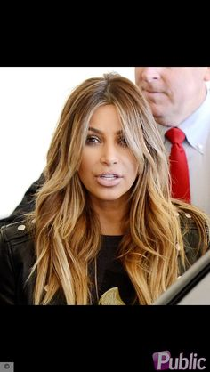 Super Hair Blonde Honey Kim Kardashian 21 Ideas - All For Hairstyles DIY Beauté Blonde, Brown Blonde Hair, Blonde Honey, Kim K Blonde, Long Layered Haircuts, Haircuts For Long Hair, Long Layered Bangs, Haircut Long Hair, Trendy Haircuts