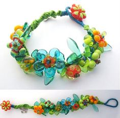 Lovely knotted lampwork