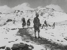 The Epic Of Everest : l'ascension de Mallory et Irvine en images. Leni Riefenstahl, L Ascension, Cinema Theatre, Theater, Epic Film, London Film Festival, Mountain Climbing, Mountaineering, World History