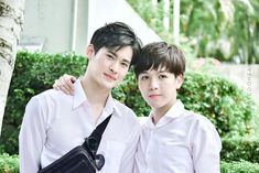 Foolish Asian Drama Life : Until We Meet Again: The Series ด้ายแดง Search For Someone, Most Handsome Actors, Theory Of Love, Bad Romance, Cute Gay Couples, Ulzzang Couple, Influential People, One Back, Thai Drama