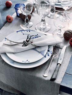 detalles mesa vestida para navidad : via MIBLOG