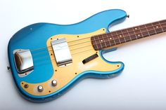 fender-custom-shop-59-precision-bass-relic-lake-placid-blue-350756.jpg (1500×1000)