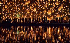 21 Incredibly Beautiful Photos of the Yi Peng Lantern Festival #thisweekpopular