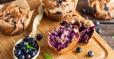 The Best Ever Healthy Homemade Blueberry Muffin Recipe - Intentional Family Life Desserts With Biscuits, Ww Desserts, Homemade Blueberry Muffins, Muffin Bread, Nutrition, Healthy Muffins, Healthy Foods, Blue Berry Muffins, Muffin Recipes