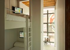 Bunk Bed | It's going to be a new trend for budget hotel.