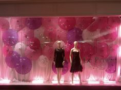 Do iT Like Coco: Best Decoration & Visual Merchandising for Valentine's Day  http://doitlikecoco.blogspot.gr/2013/02/best-decoration-visual-merchandising.html