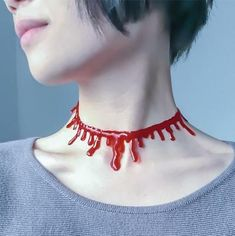red punk jewellery - Google Search Valentino Rossi, Rock Necklace, Collar Necklace, Agate Pierre, Fake Blood, Halloween Costume Accessories, Halloween Makeup, Costume Necklaces, Party Accessories