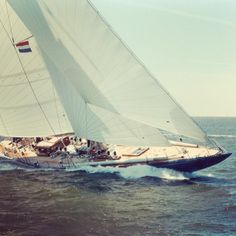 pinterest.com/fra411 #sailing - The famous J-Class yacht Endeavour was built twice: Once in 1934 as an English America's Cup contender; once in 1989 as a contender for the most glorious restoration of her time