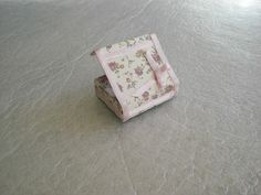 Sionchi-Mis Casitas de Muñecas: - How to create this box from a matchbox