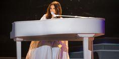 Laura Pausini: ieri a Milano San Siro il debutto mondiale di #PausiniStadi