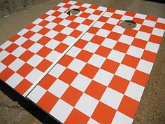 Go Vols! to show Tom. Like the checker board better. Vol Nation, Tennessee Volunteers Football, Picnic Blanket, Outdoor Blanket, Tennessee Girls, Go Vols, Corn Hole Game, University Of Tennessee, Cornhole Boards