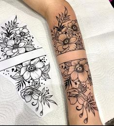 Forarm Tattoos, Arm Sleeve Tattoos, Spine Tattoos, Sleeve Tattoos For Women, Tattoo Sleeve Designs, Body Art Tattoos, Hand Tattoos, Small Tattoos, Neue Tattoos