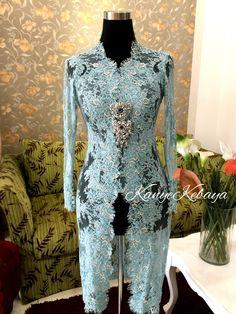 ideas for style simple lace detail Kebaya Lace, Kebaya Brokat, Batik Kebaya, Kebaya Dress, Indonesian Kebaya, Kebaya Wedding, Model Kebaya, Kebaya Muslim, White Boho Dress