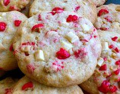Recette - Cookies pépites de chocolat blanc et pralines roses | Notée 4.3/5