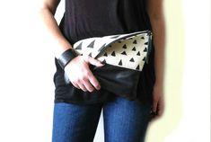 Foldover Clutch Handtasche Hand Stempel Canvas und Leder von byMART, $39.00