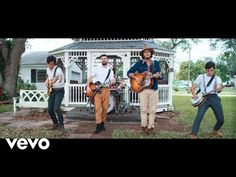 Morat, Juanes - Besos En Guerra - Todays Weather and News Carole King, Andy Gibb, Aretha Franklin, John Legend, Best Songs, Love Songs, Entrance Songs, Sherwood Park, High School Spanish